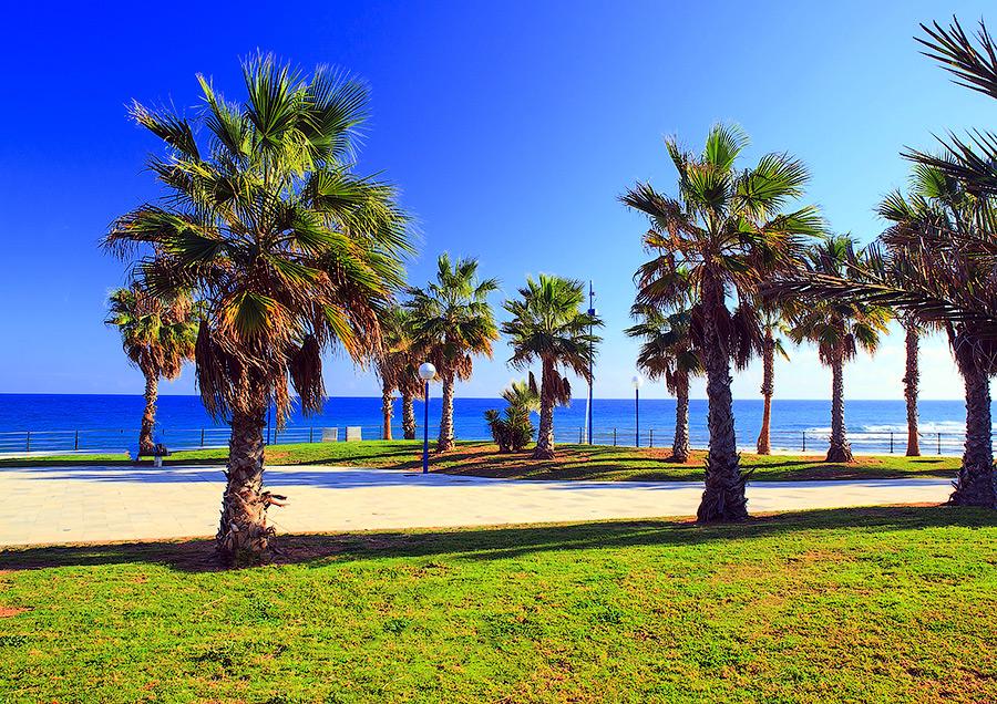 недвижимость в Испании на берегу моря