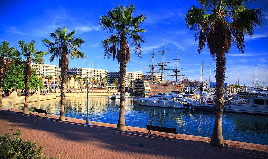 Аликанте фото Испании набережная и порт