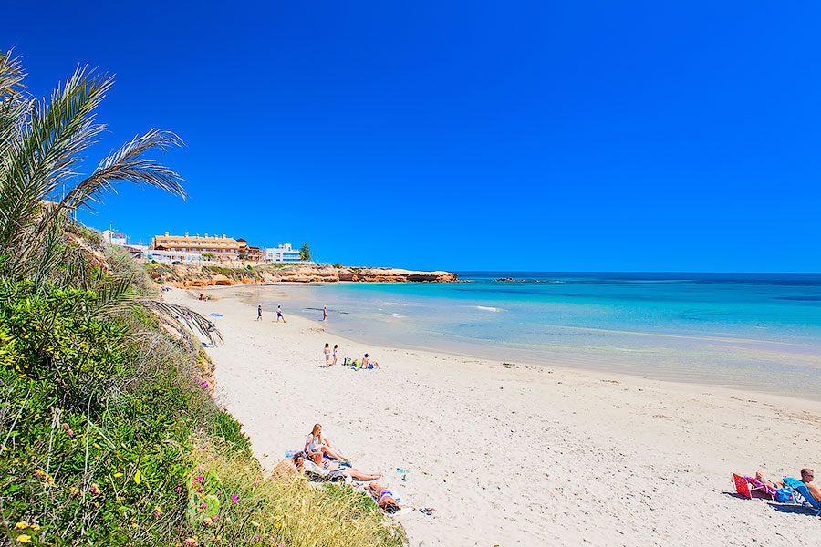 пляж в Пилар де ла Орадада Испания