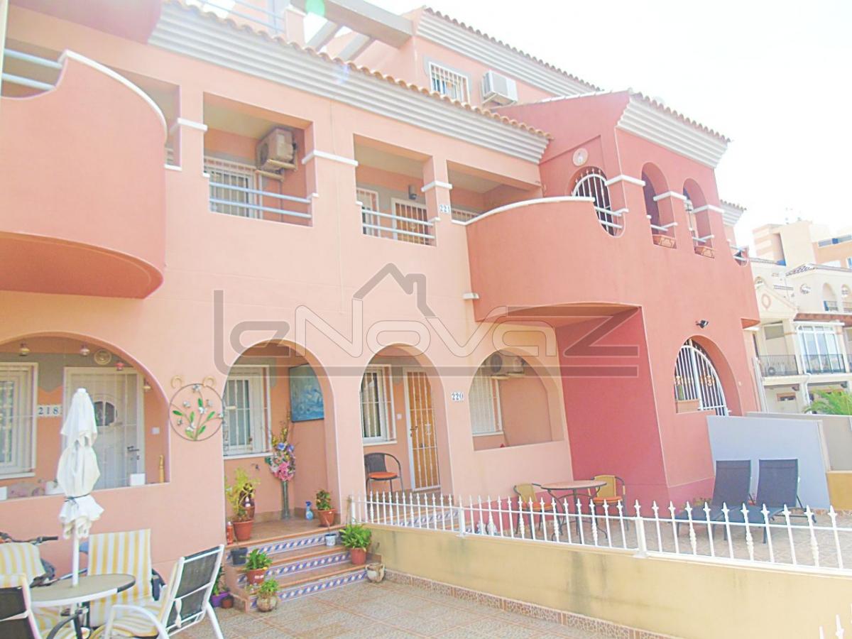 Foto Apartamento con habitaciones 3 en Villamartin.