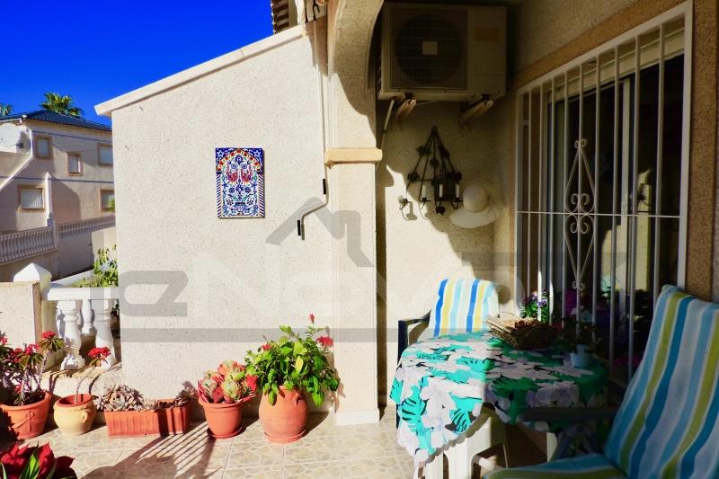 Фото Бунгало в Испании в Вилламартин
