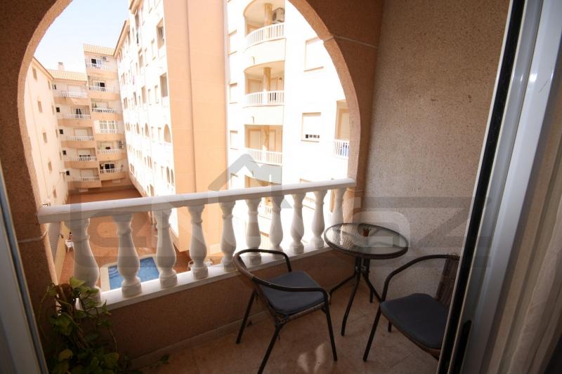 Foto de stock Apartamento de bajo costo en Torrevieja