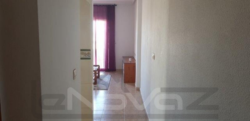 Фото Недорогая квартира в Торревьехе