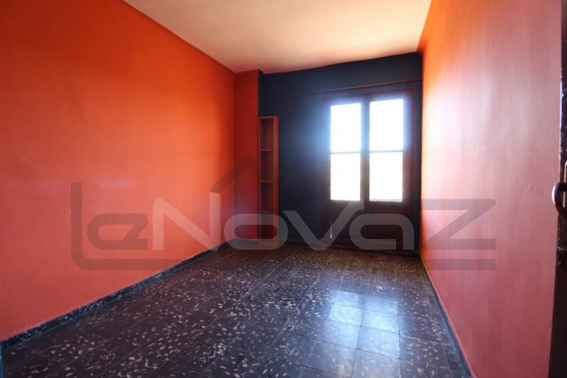 Foto de stock Venta de apartamentos baratos en España