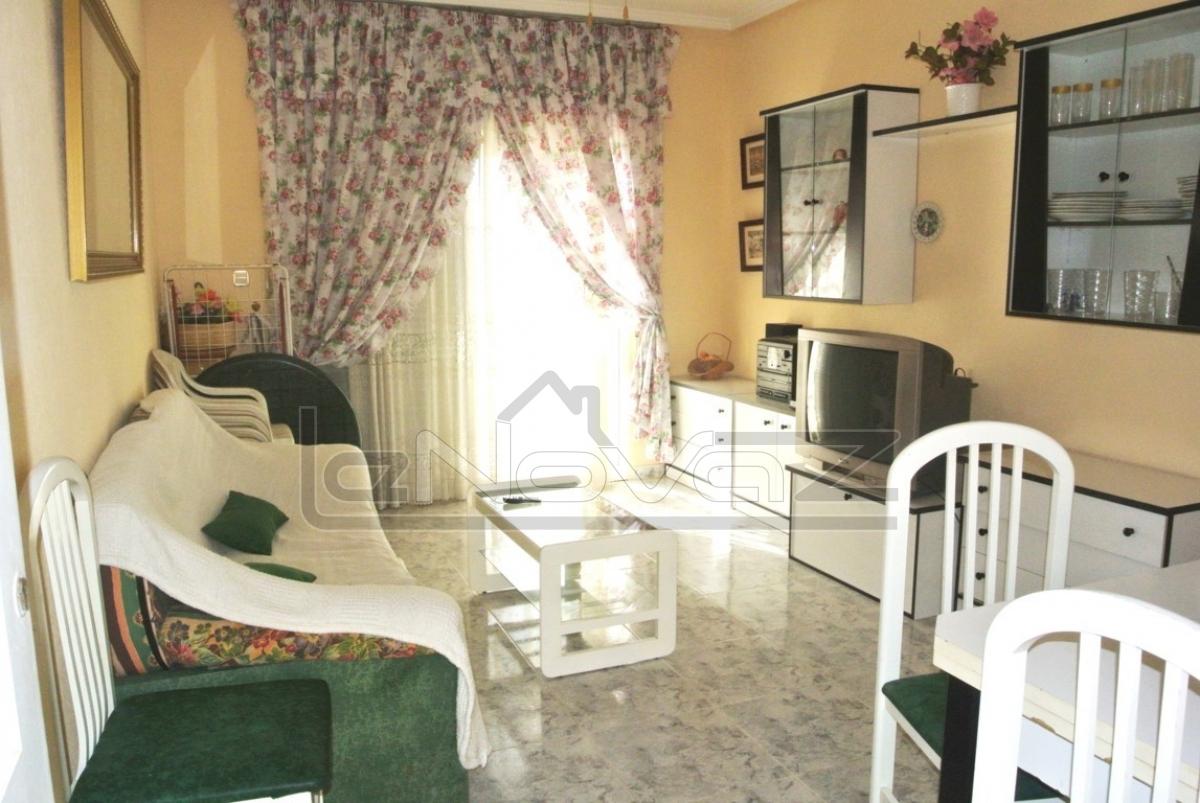 Фото Недорогая недвижимость в Испании, бунгало в Торревьехе