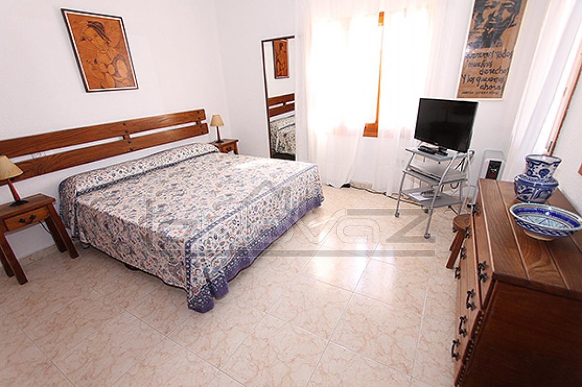 Фото Вилла с 4 спальнями в Campoamor