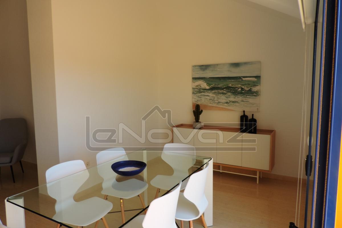 Foto de stock Ático con habitaciones 3 en Campoamor