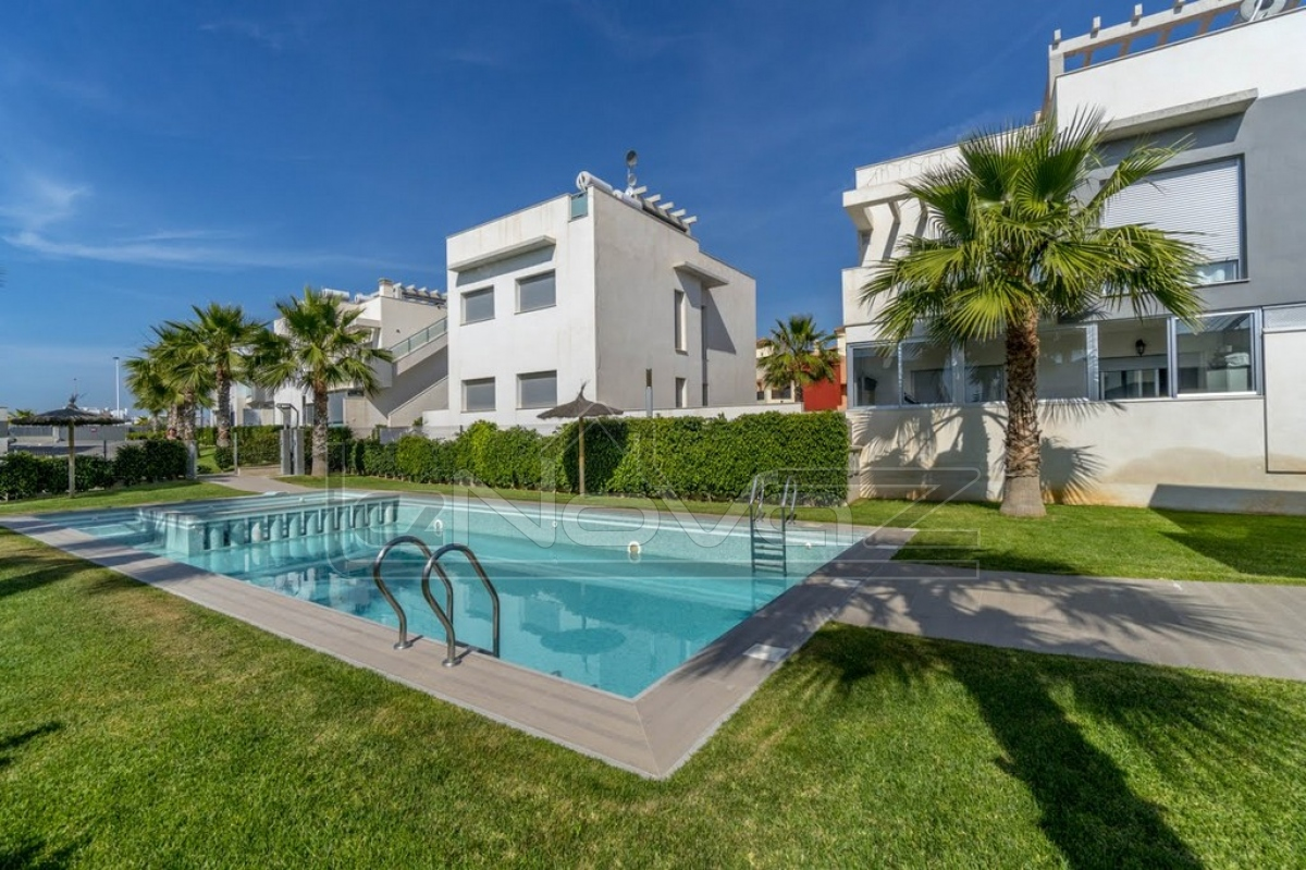 Stock Foto Bungalow with 2 bedrooms in Punta Prima
