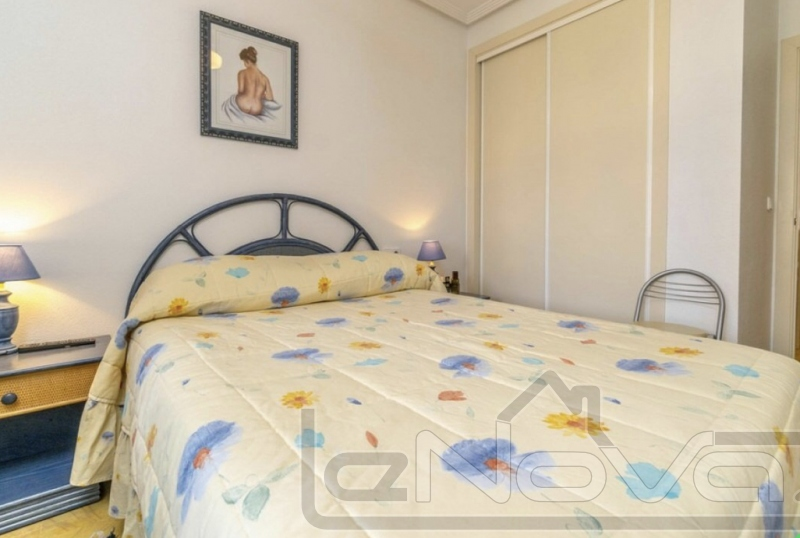Photo Apartment with 2 bedrooms in Cabo Roig