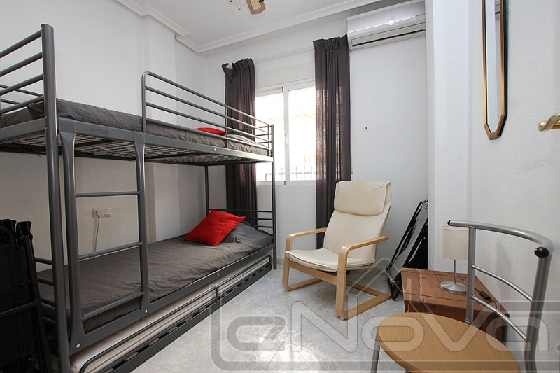 Фото Бунгало с 2 спальнями в Torrevieja