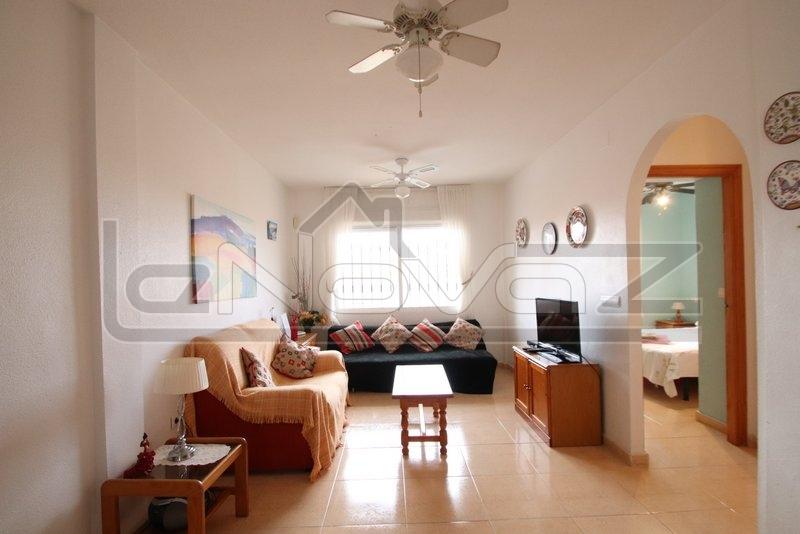 Stock Foto Bungalow with 2 bedrooms in Playa Flamenca