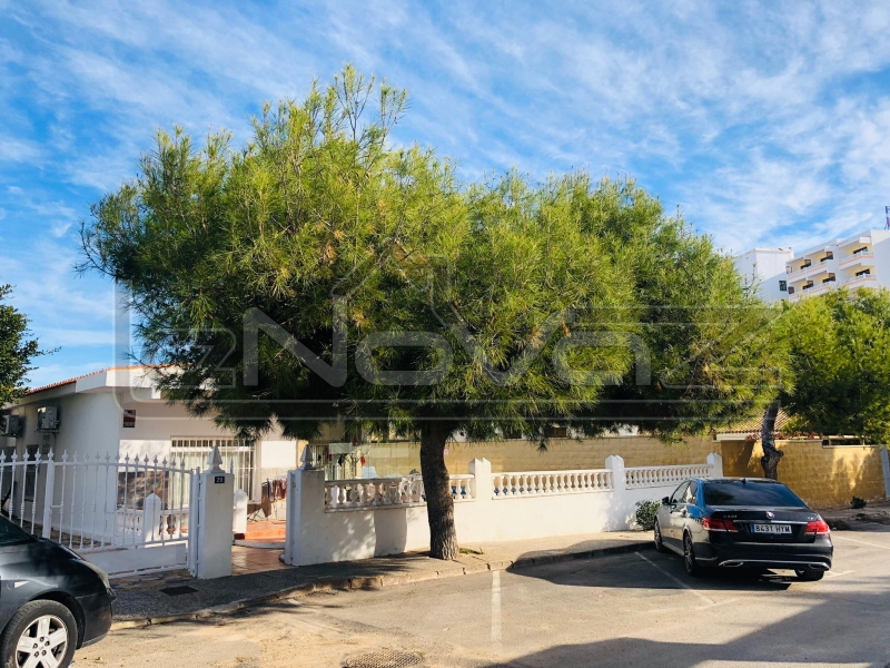 Фото Апартаменты с 4 спальнями в La Zenia