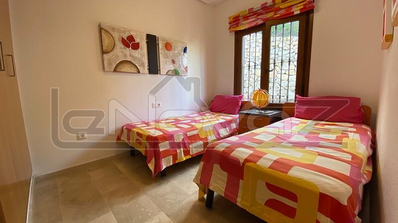 Фото Бунгало с 2 спальнями в Las Ramblas