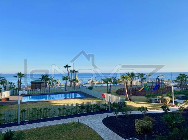 Фото Апартаменты с 3 спальнями в Punta Prima