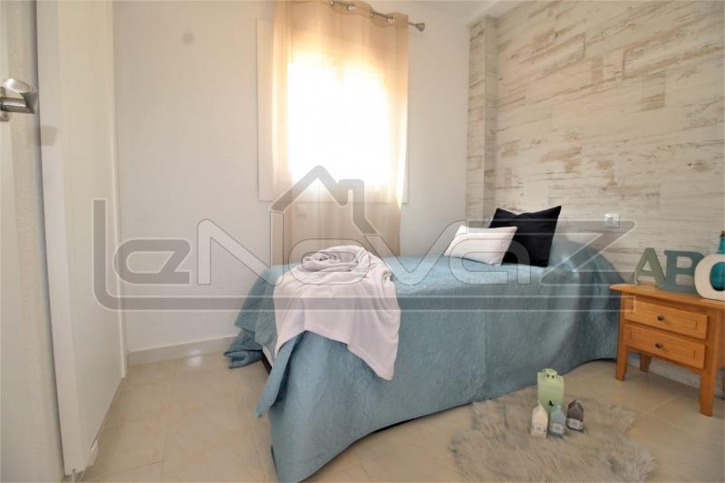 Фото Бунгало с 2 спальнями в La Zenia