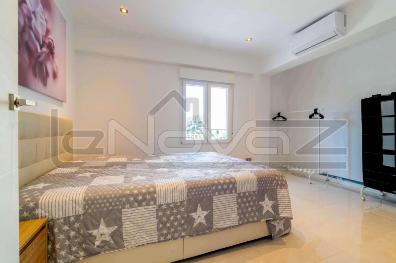 Фото Апартаменти з 3 спальнями в Punta Prima