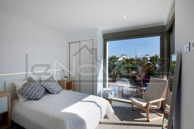 Фото Вілла з 4 спальнями в Villamartin