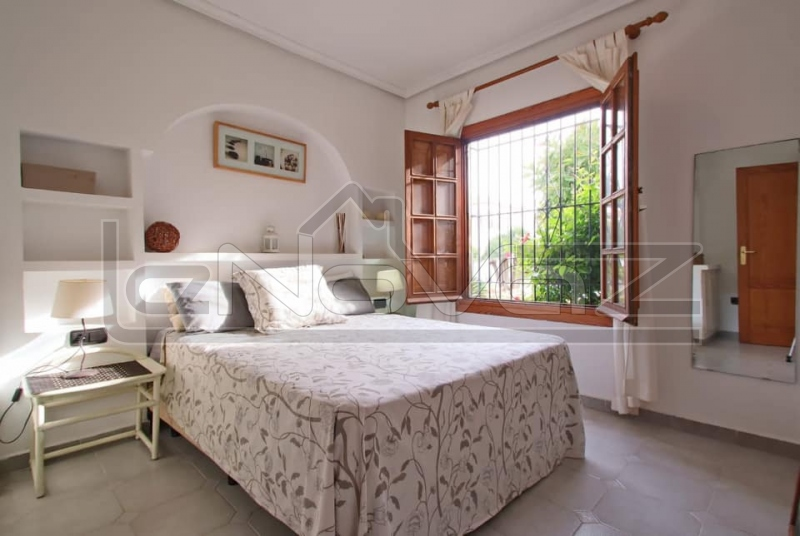 Фото Бунгало с 2 спальнями в Playa Flamenca