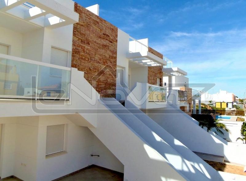 Фото Бунгало с 2 спальнями в San Pedro del Pinatar