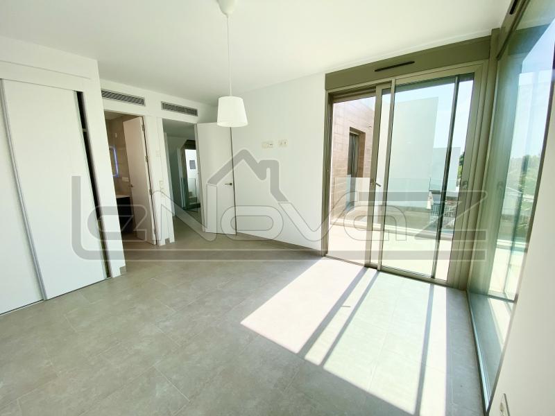 Фото Вілла з 5 спальнями в Villamartin