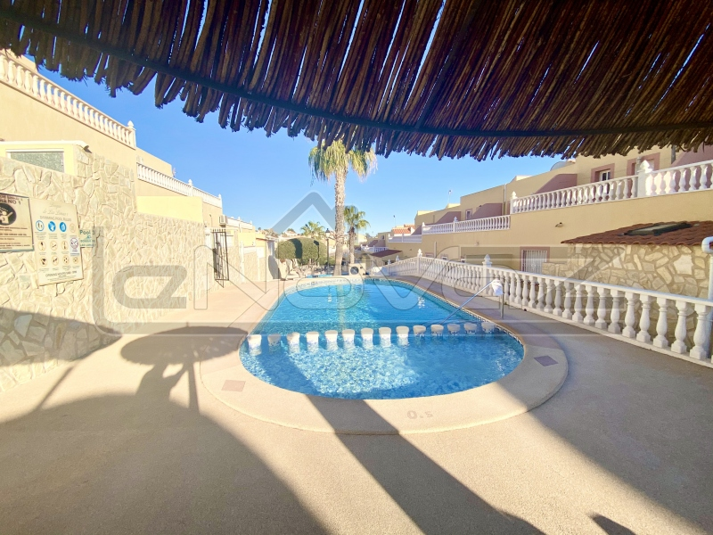 Фото Бунгало с 3 спальнями в Villamartin