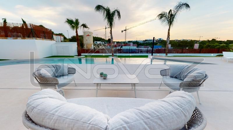 Фото Вилла с 3 спальнями в Las Colinas